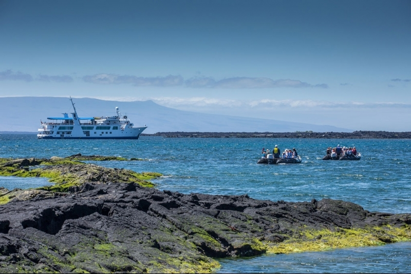 activities, kayaking, snorkeling in Galapagos