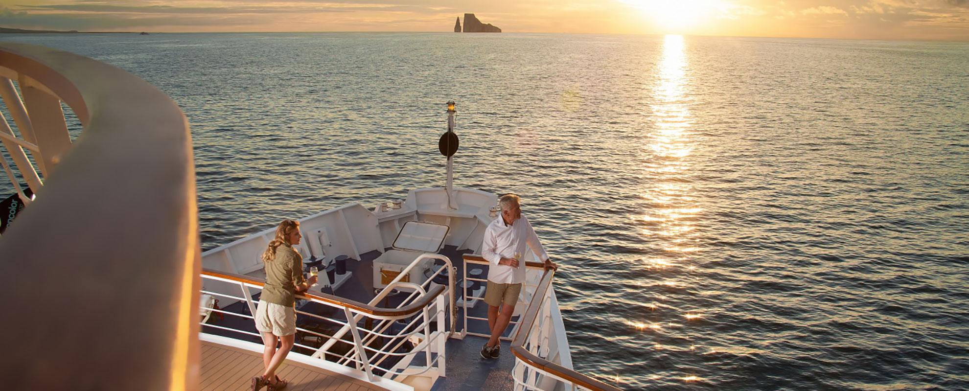 Galapagos Explorer in la Pinta Yacht