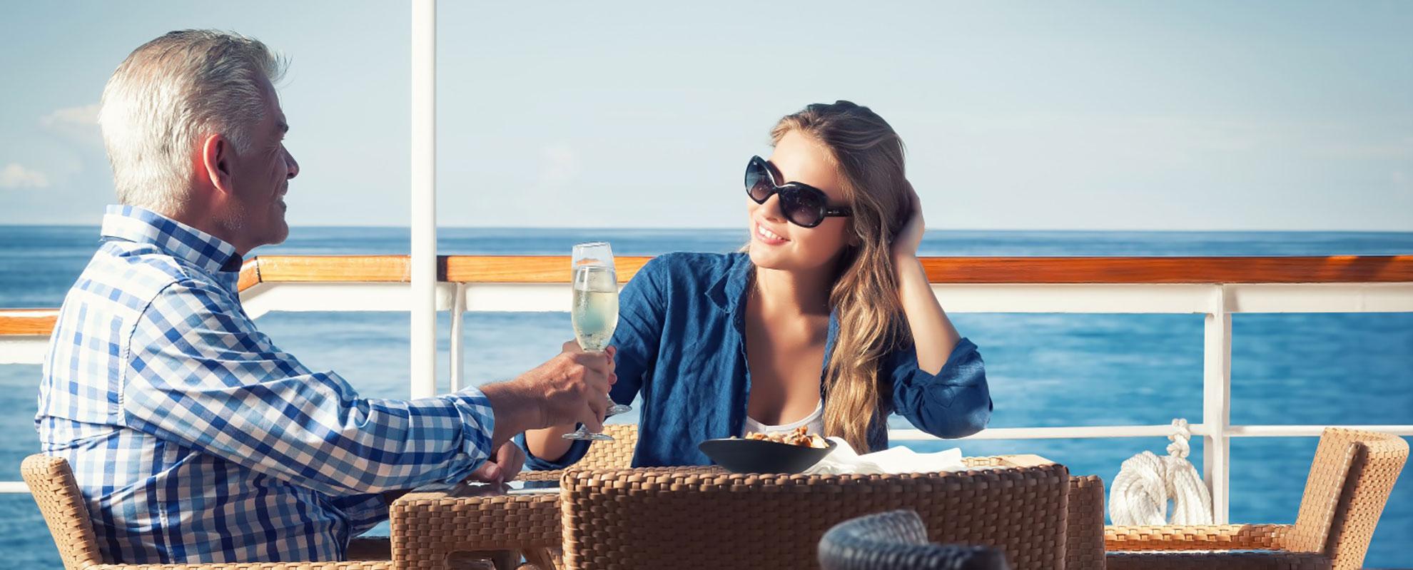 Relax in La Pinta Galapagos Tours