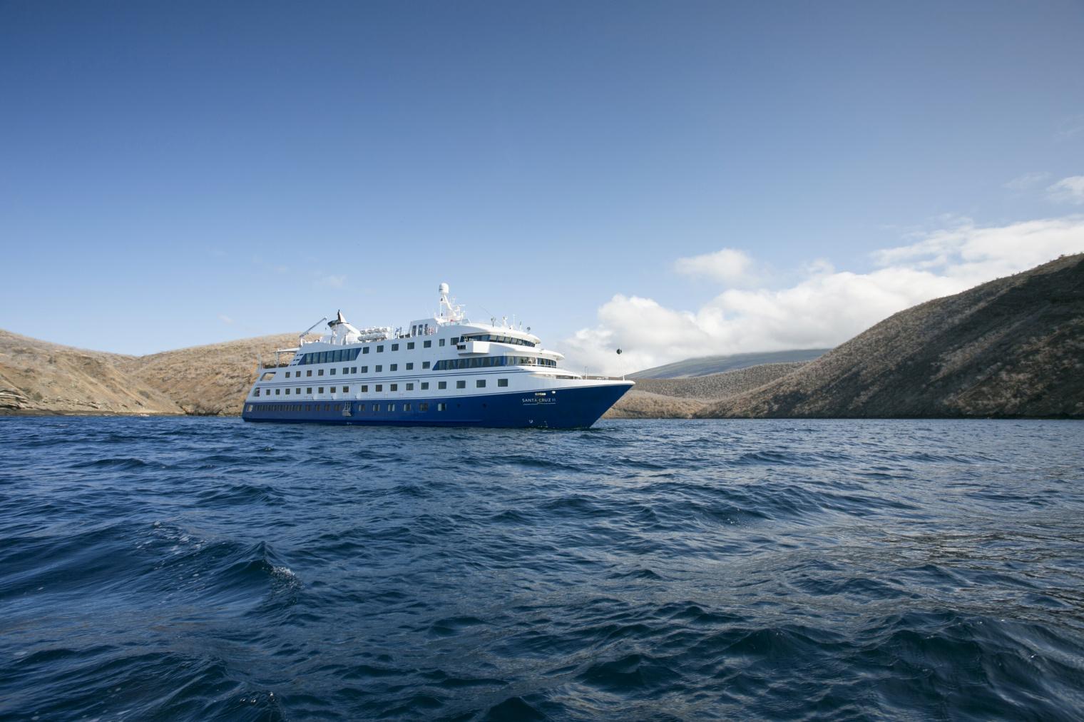 Santa Cruz Cruise Ship